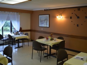 Dining area in Arthur Retirement building
