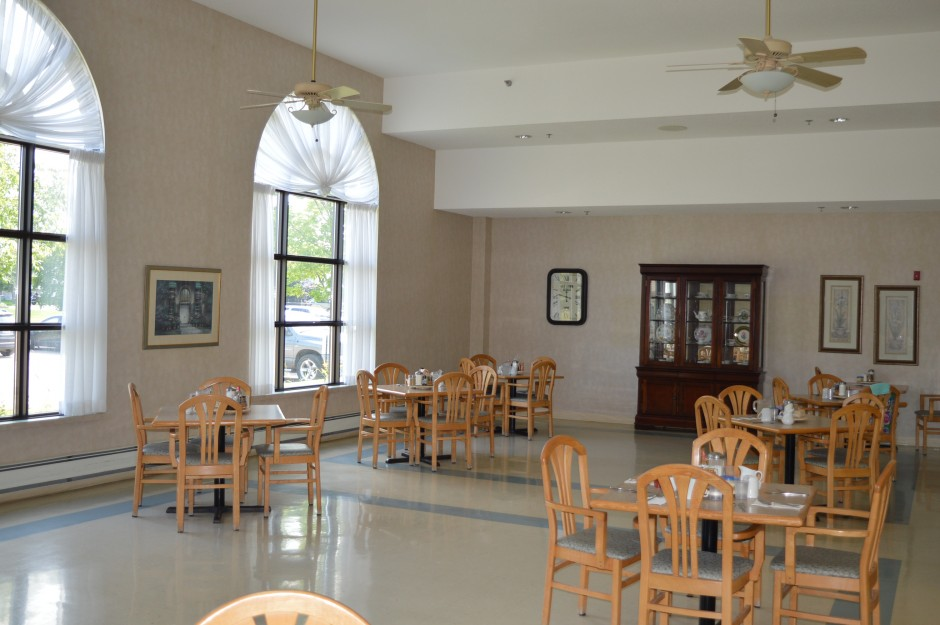 Caressant Care dining hall